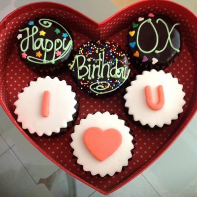 Loving Cupcakes